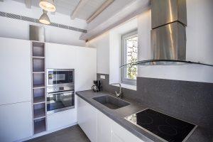 The Villa Onar & Villa Cloud Luxury retreats in Mykonos spacious kitchen.