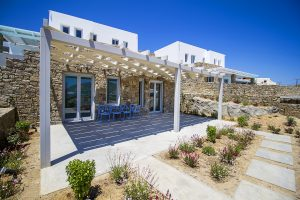 Exterior of the Villa Onar & Villa Cloud Luxury retreats in Mykonos.